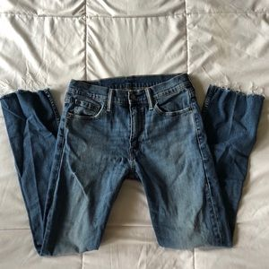 Levi Straight Jeans